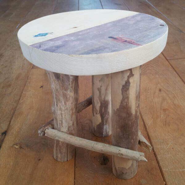 SurfArt driftwood stool Alana
